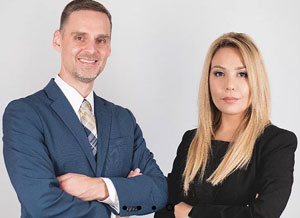 Professional photo of Dr. Shirin Bitajian and Dr. Joshua Kanik at the Valley View Metabolic and Wellness Center